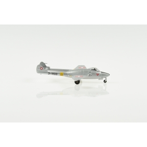 Vampire DH-100 J-1133