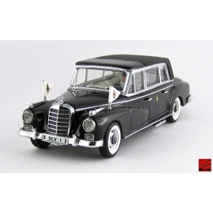 Mercedes 300D schwarz 1963
