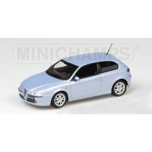 Alfa Romeo 147 hellblau met 2001