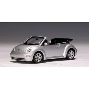 VW Beetle Cabriolet silber met 2003