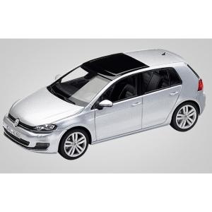 VW Golf Vll 4-türig silber met 2012