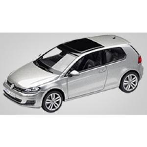 VW Golf Vll 2-türig silber met 2012