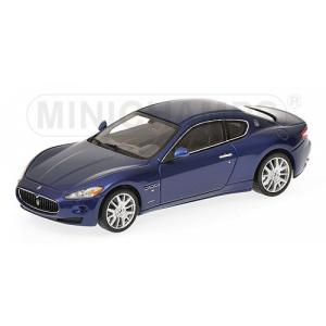 Maserati Grantourismo blau met 2009