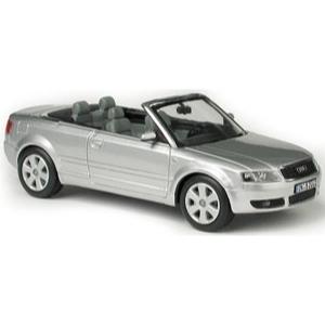 Audi A4 Cabriolet grau met 2002