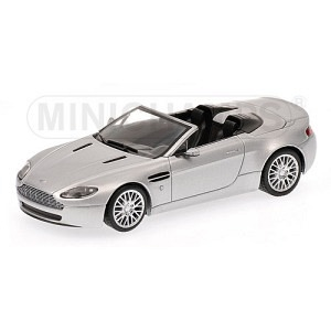 Aston Martin Vantage Spyder silber met 2008